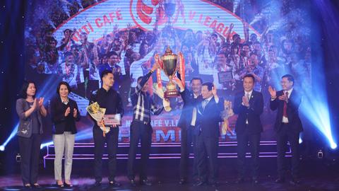 Gala tổng kết các giải bóng đá chuyên nghiệp quốc gia 2018: Khép lại mùa giải thành công