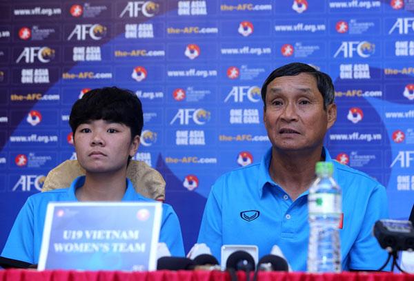 """Vòng loại U19 châu Á 2019, bảng E, HLV trưởng Mai Đức Chung: """"U19 nữ Việt Nam đặt mục tiêu giành vé vào vòng 2"""""""