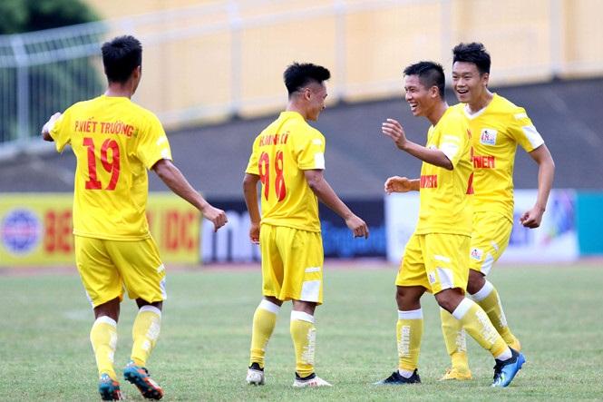 Chủ nhà TT-Huế thất bại 0-4 trước Hà Nội trong trận khai mạc VCK 21 QG Báo Thanh Niên 2018