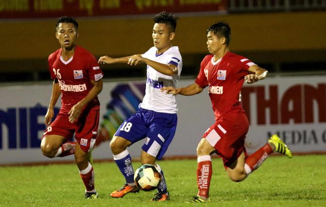 VCK U21 QG Báo Thanh Niên 2018: B.Bình Dương, Hà Nội mở cửa vào bán kết
