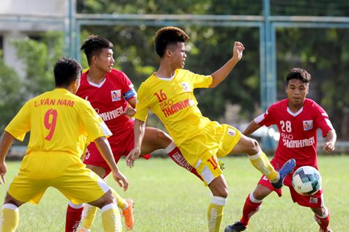 VCK U21 QG Báo Thanh Niên 2018: Hà Nội nhất bảng A, B.Bình Dương vào bán kết
