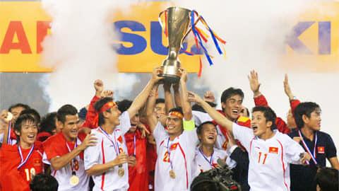 Các nhà vô địch AFF Suzuki Cup 2008 hội tụ tại SVĐQG Mỹ Đình, tiếp lửa tinh thần cho ĐT Việt Nam