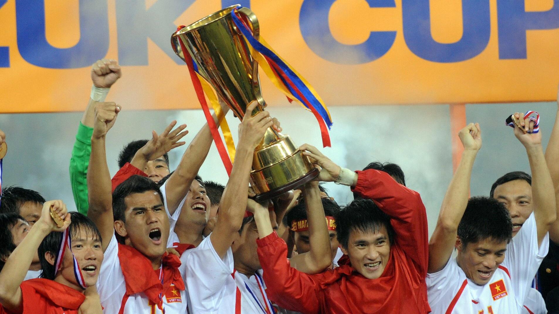 VFF tạo điều kiện tốt nhất để các nhà vô địch AFF 2008 tới sân truyền lửa cho ĐTVN