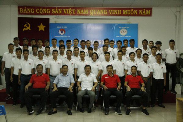 Khai mạc lớp trọng tài bóng đá nâng cao Quốc gia năm 2018 tại TP Hồ Chí Minh