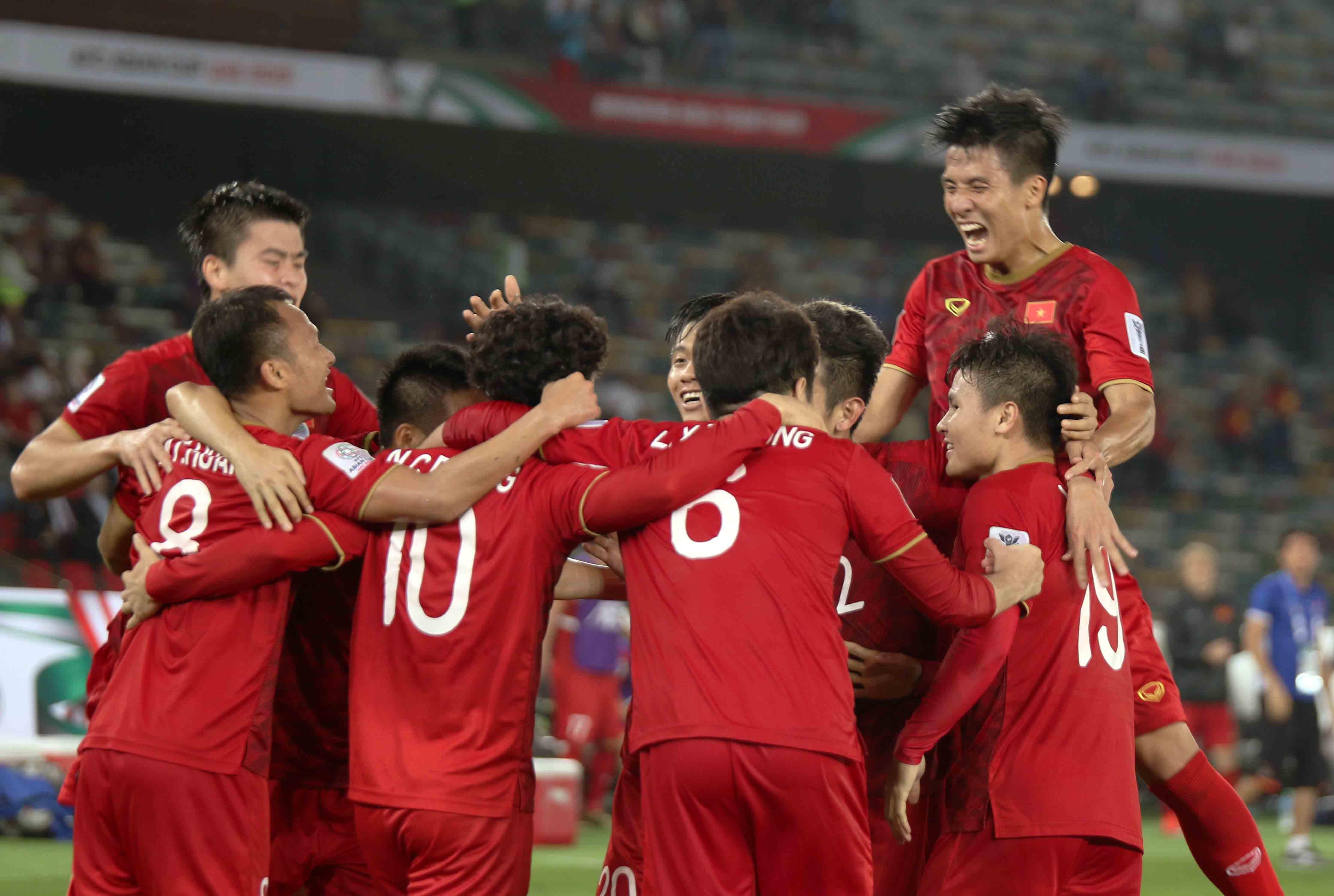 Chủ tịch VFF Lê Khánh Hải khen ngợi tinh thần thi đấu của ĐT Việt Nam