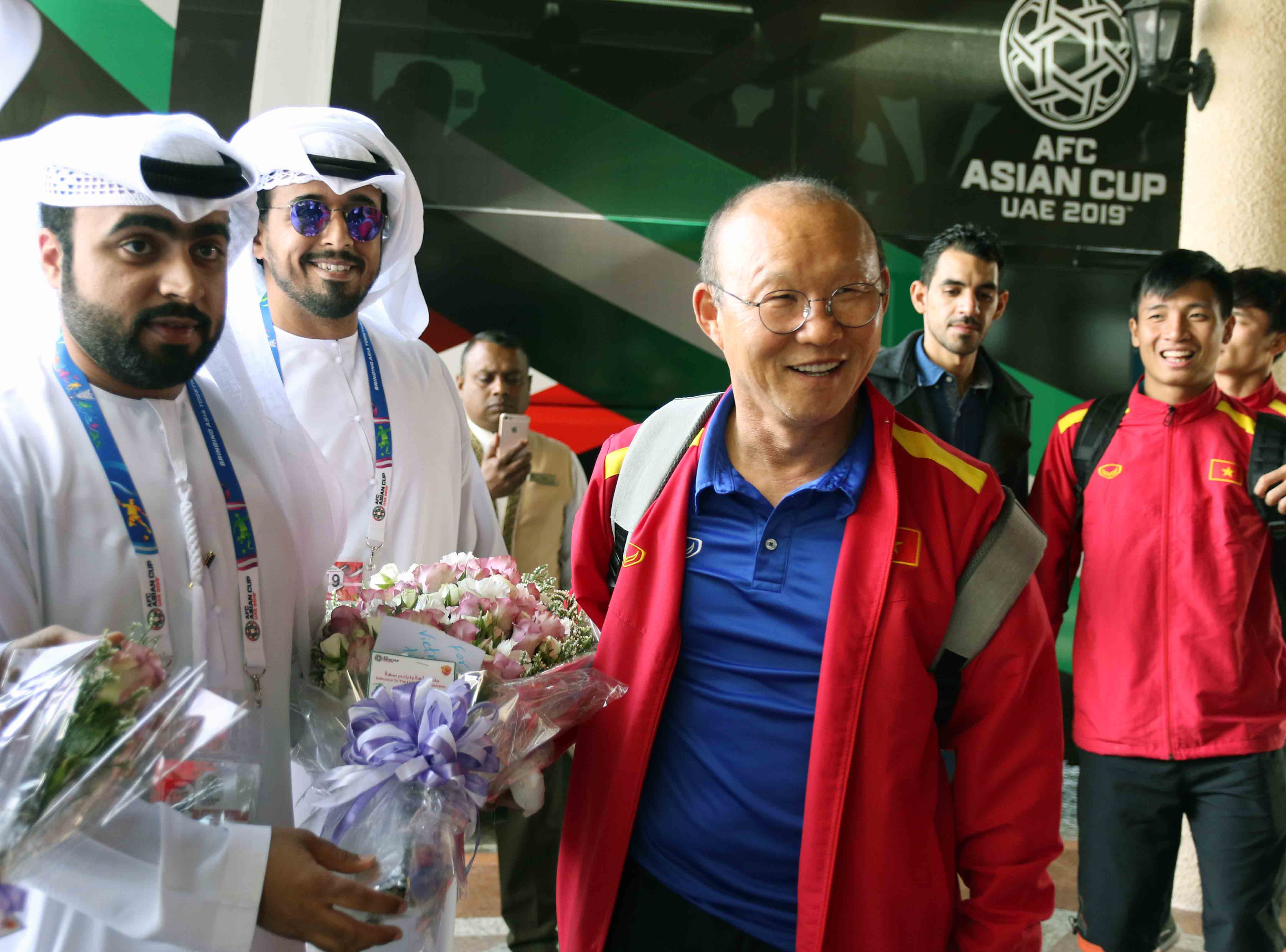 ĐT Việt Nam di chuyển tới Al Ain, chuẩn bị cho trận đấu cuối vòng bảng với Yemen