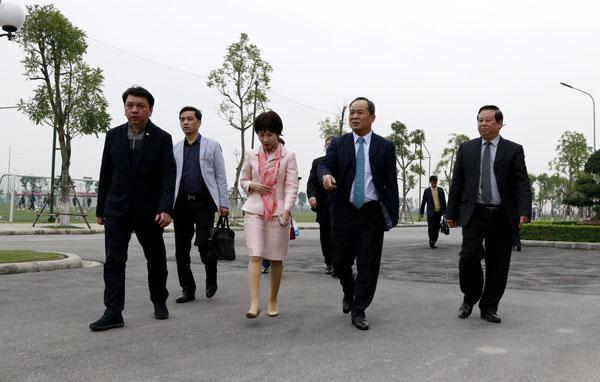 Thứ trưởng Bộ VH-TT&DL, Chủ tịch VFF Lê Khánh Hải thăm và làm việc với Lãnh đạo PVF
