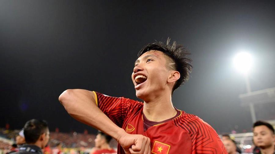 Đoàn Văn Hậu lọt top 10 nhân vật xuất sắc nhất Asian Cup 2019