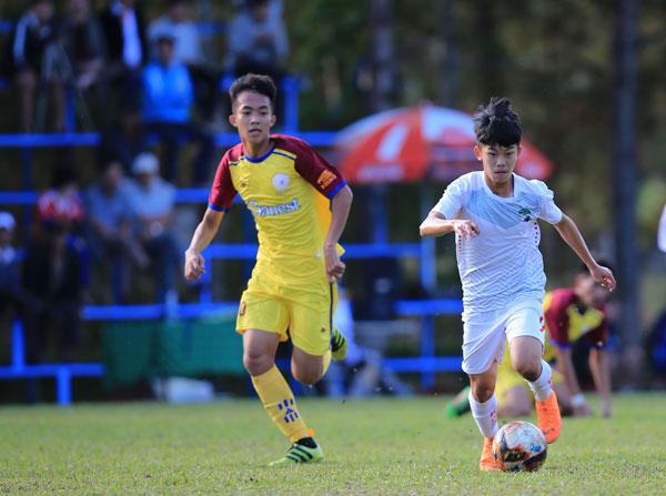 Kết thúc lượt đi giải vô địch U19 Quốc gia 2019: Than Quảng Ninh, SLNA, Hoàng Anh Gia Lai, Becamex Bình Dương đứng đầu 04 bảng A, B, C và D