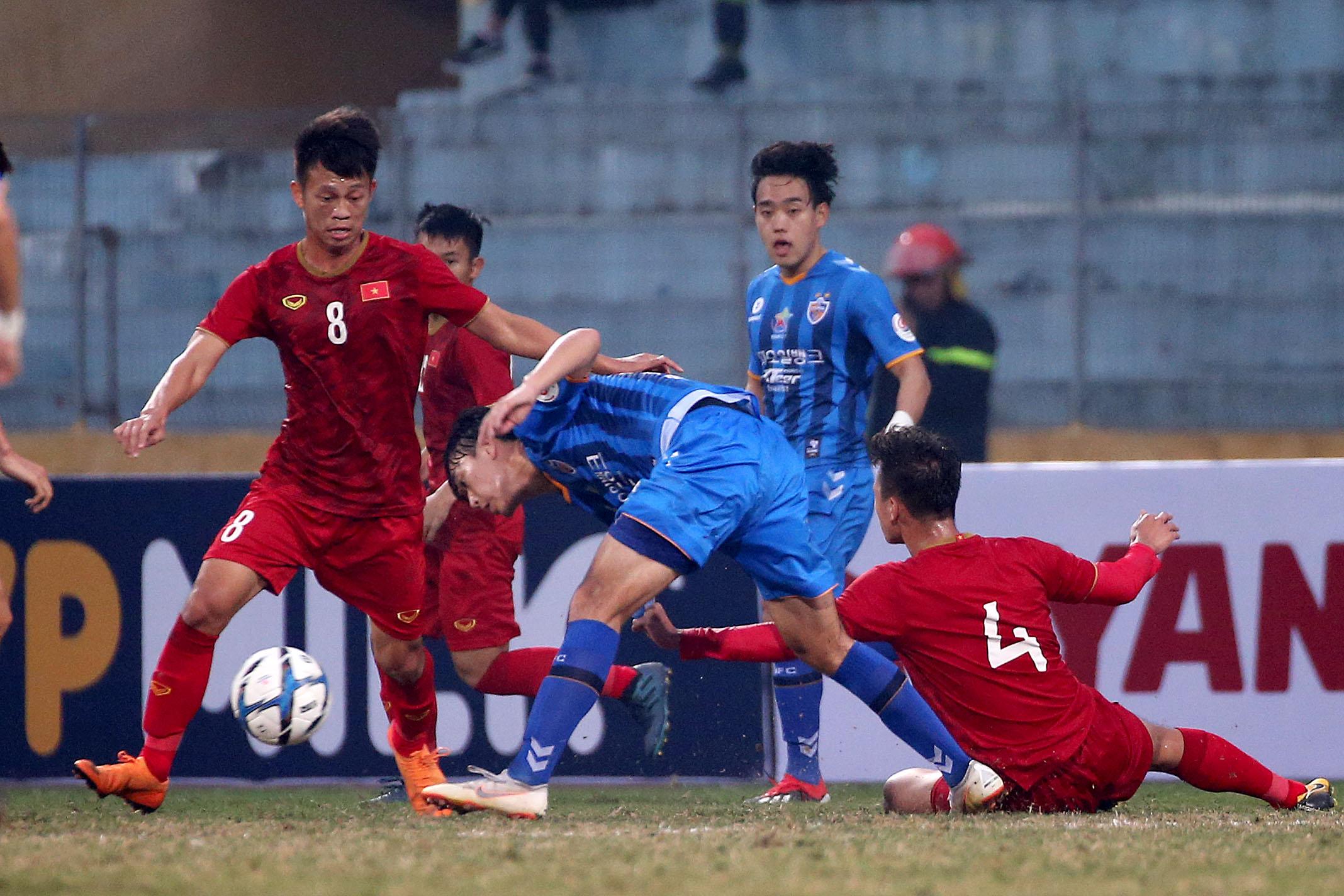 Giao hữu quốc tế: U22 Việt Nam bất phân thắng bại với Ulsan Hyundai FC