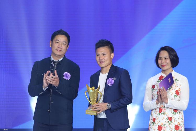 Thầy trò HLV Park Hang-seo thắng đậm tại Cúp chiến thắng 2018