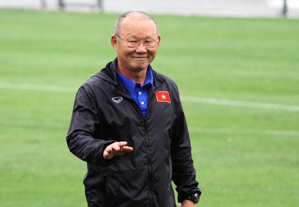 HLV trưởng Park Hang-seo trở lại với guồng quay công việc sau kỳ nghỉ Tết