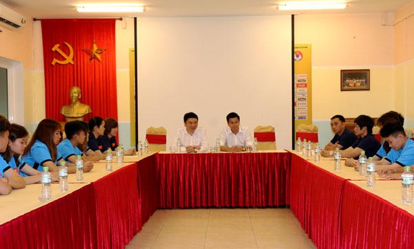 Lãnh đạo VFF gặp mặt ĐT U19 nữ Quốc gia trước đợt du đấu tại Nhật Bản