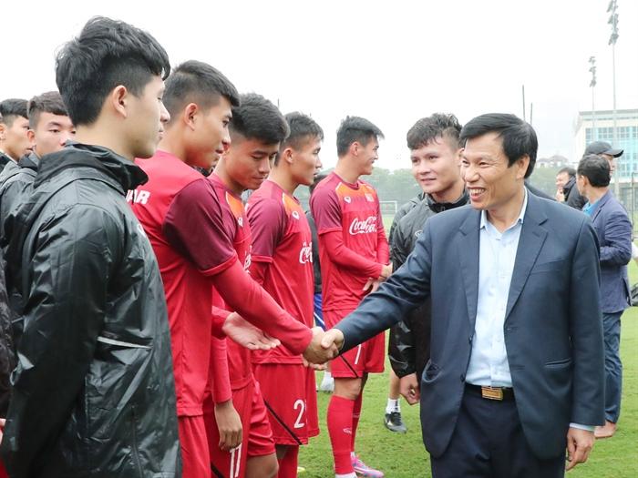 Bộ trưởng Nguyễn Ngọc Thiện thăm U23 Việt Nam và gặp gỡ lãnh đạo Công ty VPF