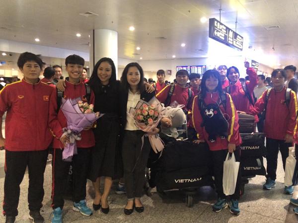 Đội tuyển U16 nữ Việt Nam về nước, kết thúc tốt đẹp chuyến thi đấu VL 2 giải U16 nữ châu Á 2019