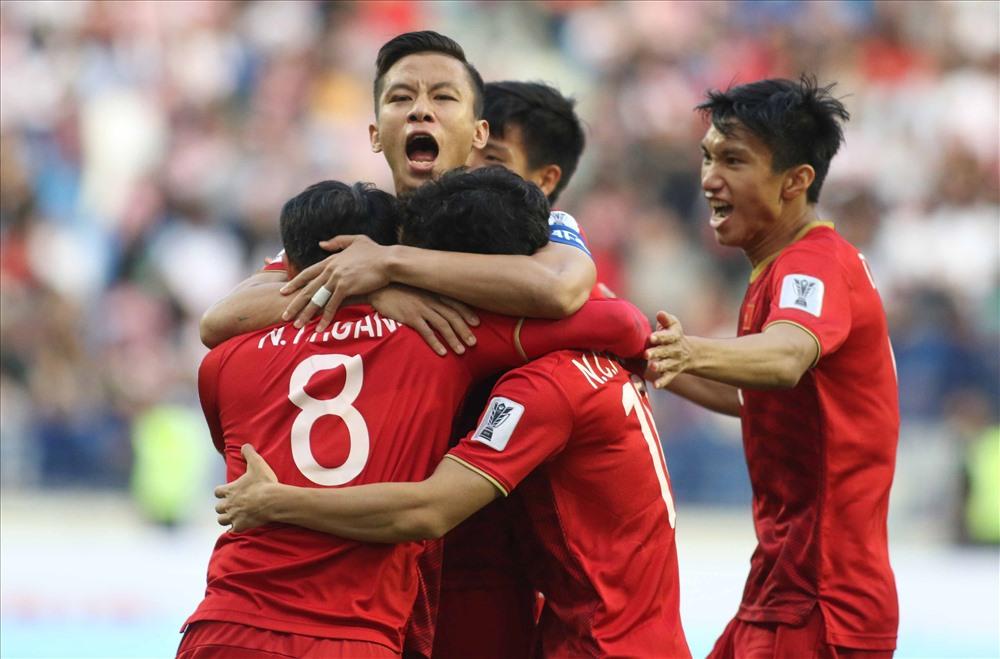 Nhận lời mời từ Thái Lan, ĐT Việt Nam tham dự King's Cup 2019