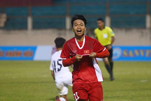 """U.19 Quốc tế 2019: """"Tiểu Công Phượng"""" lập cú đúp mang về chiến thắng cho U.19 Việt Nam"""