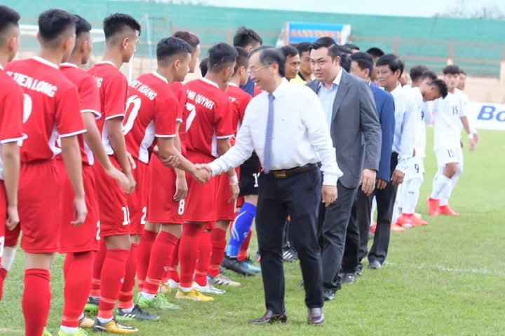 Lãnh đạo tỉnh Khánh Hòa và VFF tham dự Lễ khai mạc Giải U19 Quốc tế 2019