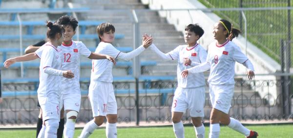 VL 2 Olympic 2020 (bảng B): thắng Hồng Kông 2-1, Việt Nam giữ vững ngôi đầu bảng