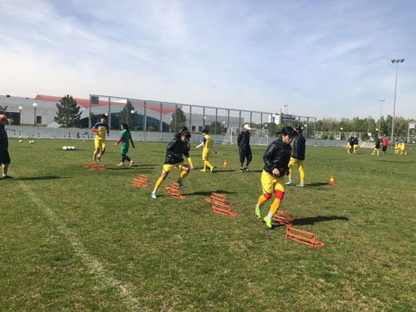 HLV Mai Đức Chung: ĐT nữ Việt Nam cần tập trung cao độ, dốc sức vào trận đấu gặp Jordan