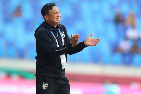 HLV trưởng Thái Lan có thể không được dự vòng loại World Cup 2022
