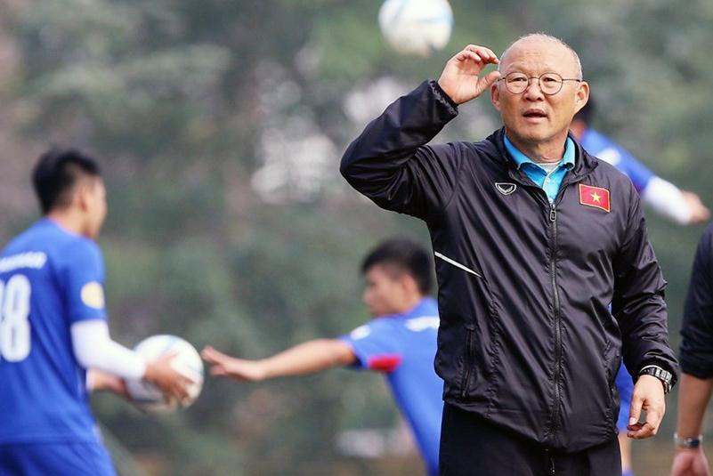HLV Park Hang-seo sẽ tiếp tục theo dõi, đánh giá các cầu thủ Việt kiều