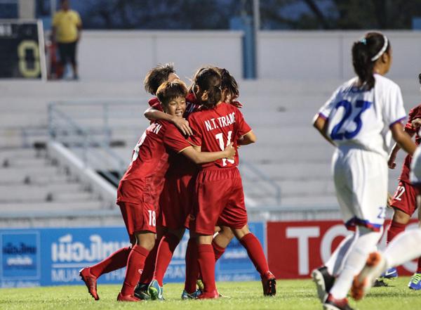 Giải U15 nữ Đông Nam Á 2019 (bảng A): Thắng Philippines 2-0, Việt Nam giành trọn 3 điểm đầu tiên