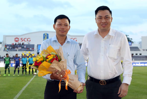 Lãnh đạo VFF dự khán lễ khai mạc và động viên các đội tham dự Giải hạng Nhì QG- Cúp Asanzo 2019