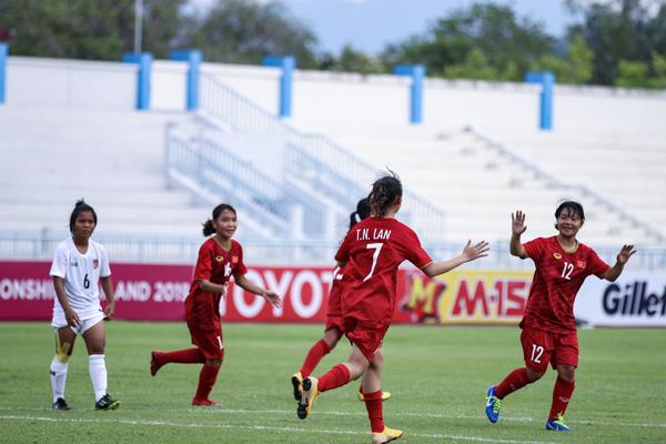 Thắng Myanmar 2-1, Việt Nam giành vé vào bán kết giải U15 nữ Đông Nam Á 2019