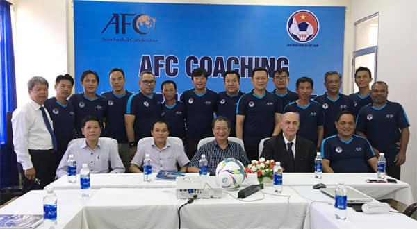 VFF phối hợp với AFC tổ chức Khóa đào tạo Giảng viên Huấn luyện viên