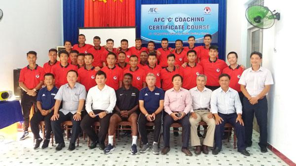 Bế mạc khóa học HLV chứng chỉ 'C' AFC tại Phú Yên