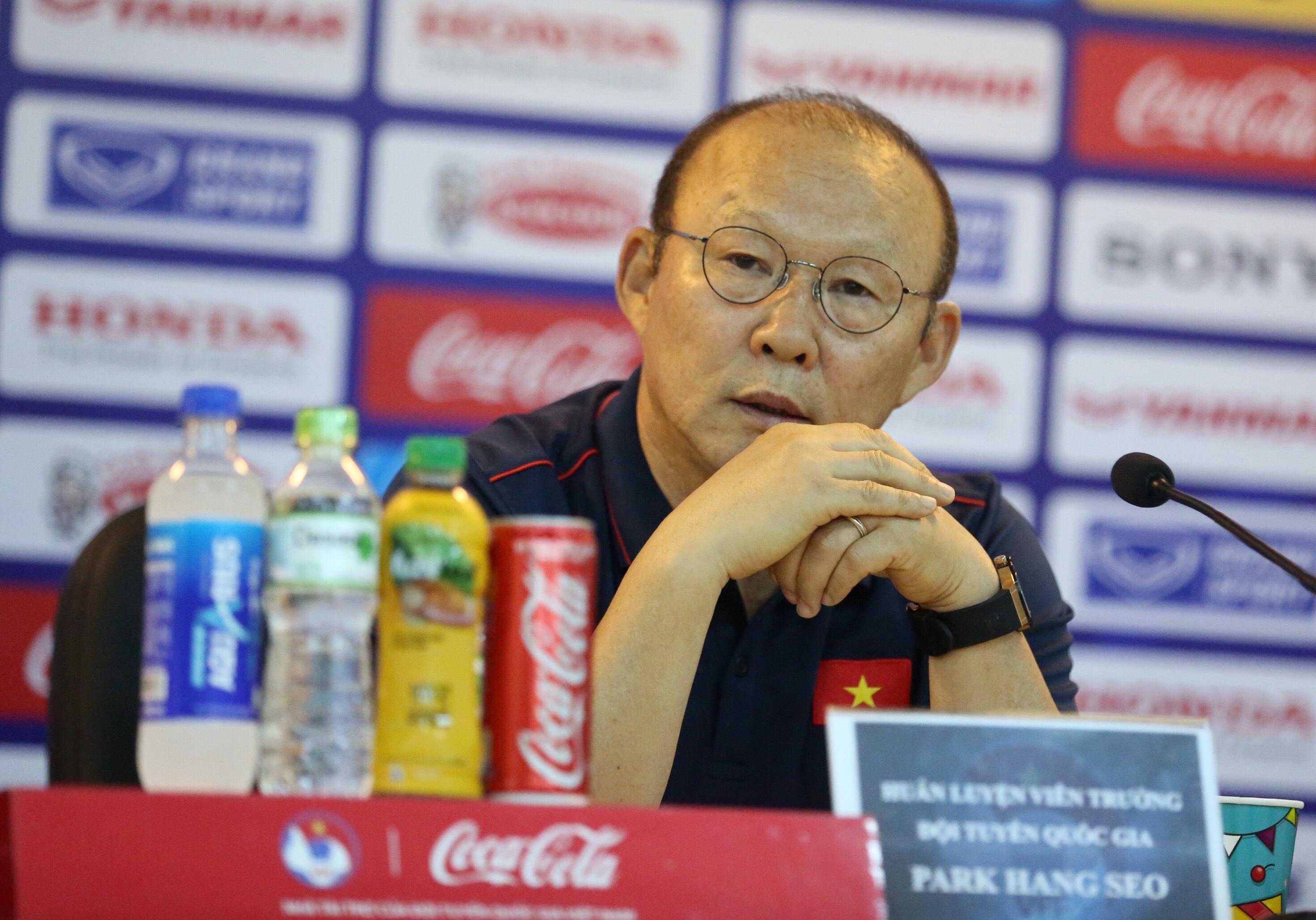 """HLV trưởng Park Hang-seo:  """"Cánh cửa ĐT Việt Nam luôn rộng mở và bình đẳng với tất cả các cầu thủ"""""""