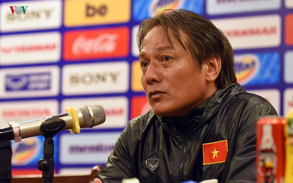 Trợ lý HLV trưởng Nguyễn Văn Đàn: