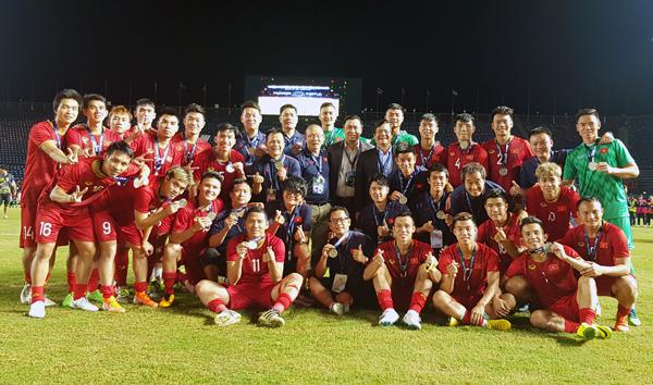 ĐT Việt Nam kết thúc King's Cup 2019 ở vị trí Á quân
