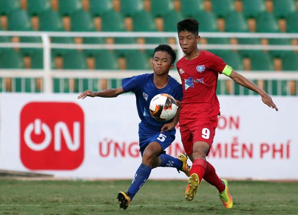 Kết quảVCK giải bóng đá Vô địch U15 Quốc gia - Next Media 2019, ngày 19/6: Thắng đậm Sanvinest Khánh Hòa 4-0, Viettel chiếm ngôi đầu