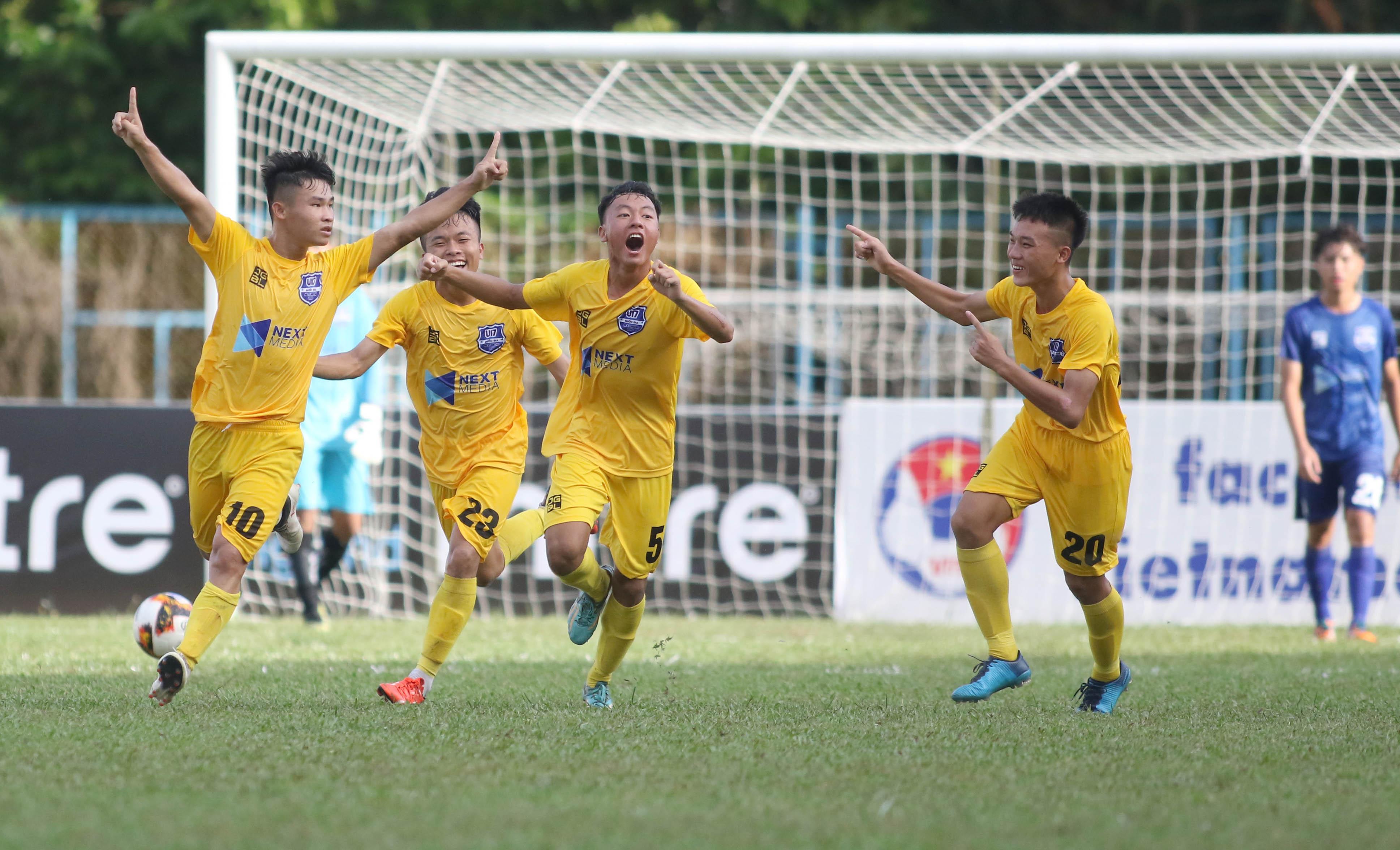 VCK Giải vô địch U17 QG- Next Media 2019: Thanh Hoá vươn lên dẫn đầu bảng B