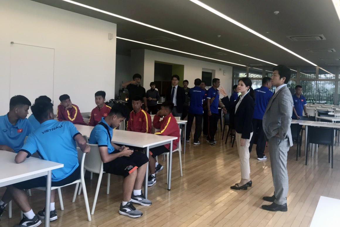 ĐT U15 Việt Nam được đón tiếp chu đáo tại Nhật Bản
