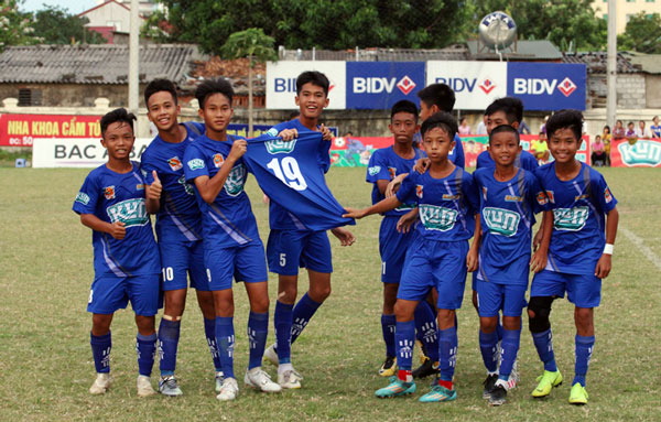 Xác định 8 đội vào Tứ kết giải bóng đáThiếu Niên toàn Quốc - CÚP KUN SIÊU PHÀM 2019