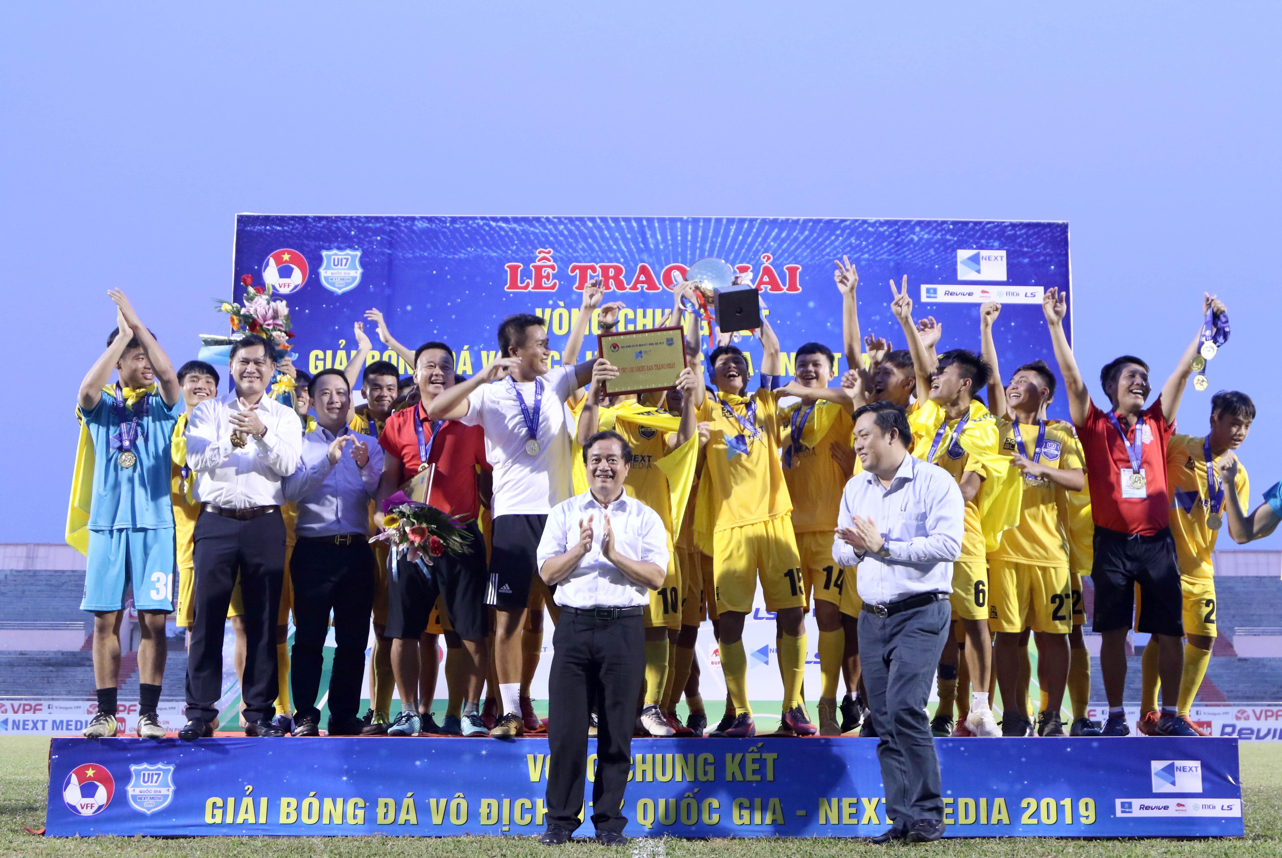 U17 Thanh Hóa đăng quang ngôi vô địch Giải bóng đá U17 QG- Next Media 2019