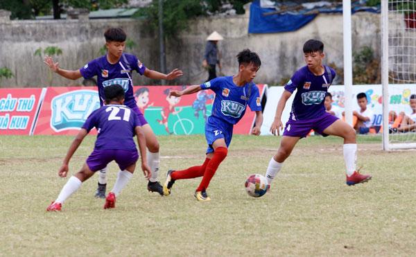 Tứ kết giải bóng đá Thiếu Niên toàn Quốc - CÚP KUN SIÊU PHÀM 2019: Xác định 4 đội vào bán kết