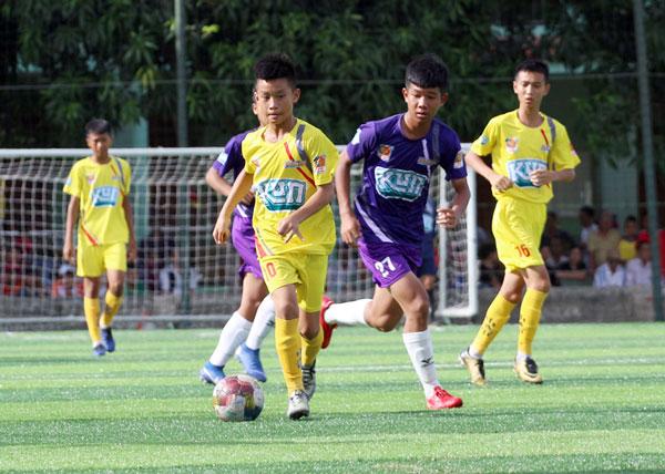 Bán kết giải bóng đá Thiếu Niên toàn Quốc - CÚP KUN SIÊU PHÀM 2019: SLNA và Thành Vinh giành quyền vào chung kết
