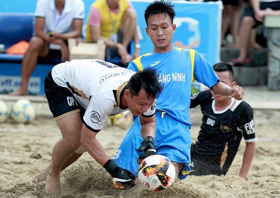 Khánh Hòa tranh ngôi vô địch với Đà Nẵng tại chung kết Giải bóng đá bãi biển VĐQG Cúp VietFootball 2019