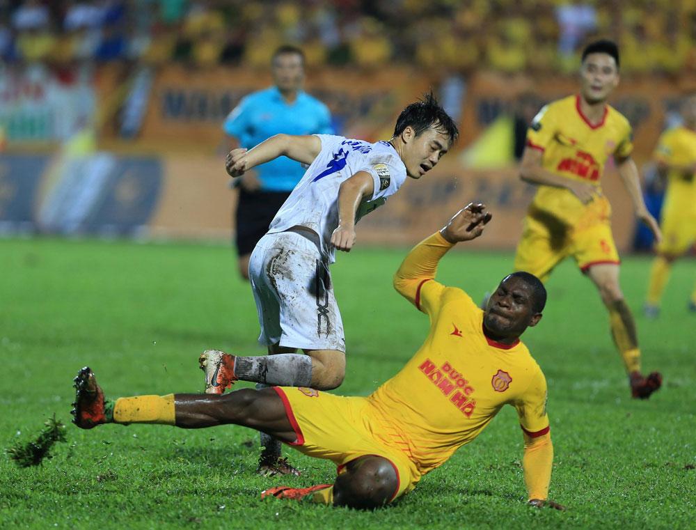 Vòng 19 Wake-up 247 V.League 1- 2019: Hà Nội chiếm ngôi đầu, TPHCM lỡ bước