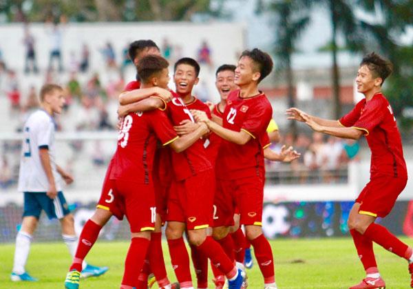 Khai mạc giải bóng đá nam U15 Quốc tế - Cúp Acecook 2019: Việt Nam có chiến thắng trước U15 Nga