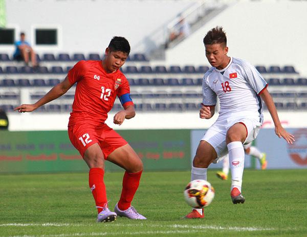 U15 Việt Nam lội ngược dòng ngoạn mục để giành chiến thắng 2-1 trước U15 Myanmar