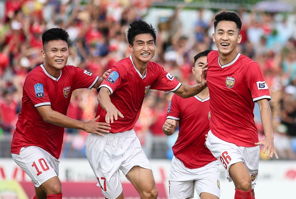 Vòng 21 Giải hạng Nhất Quốc gia- LS 2019: Hồng Lĩnh Hà Tĩnh khẳng định sức mạnh tân vương