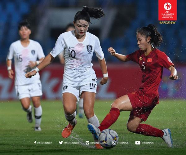VCK U16 nữ châu Á 2019 (bảng B), Việt Nam - Hàn Quốc: 0-3, thua nhưng đáng khen