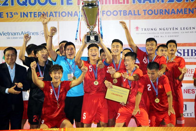 Thắng SV Nhật Bản 2-0, U21 Tuyển chọn Việt Nam vô địch Giải U21 quốc tế 2019