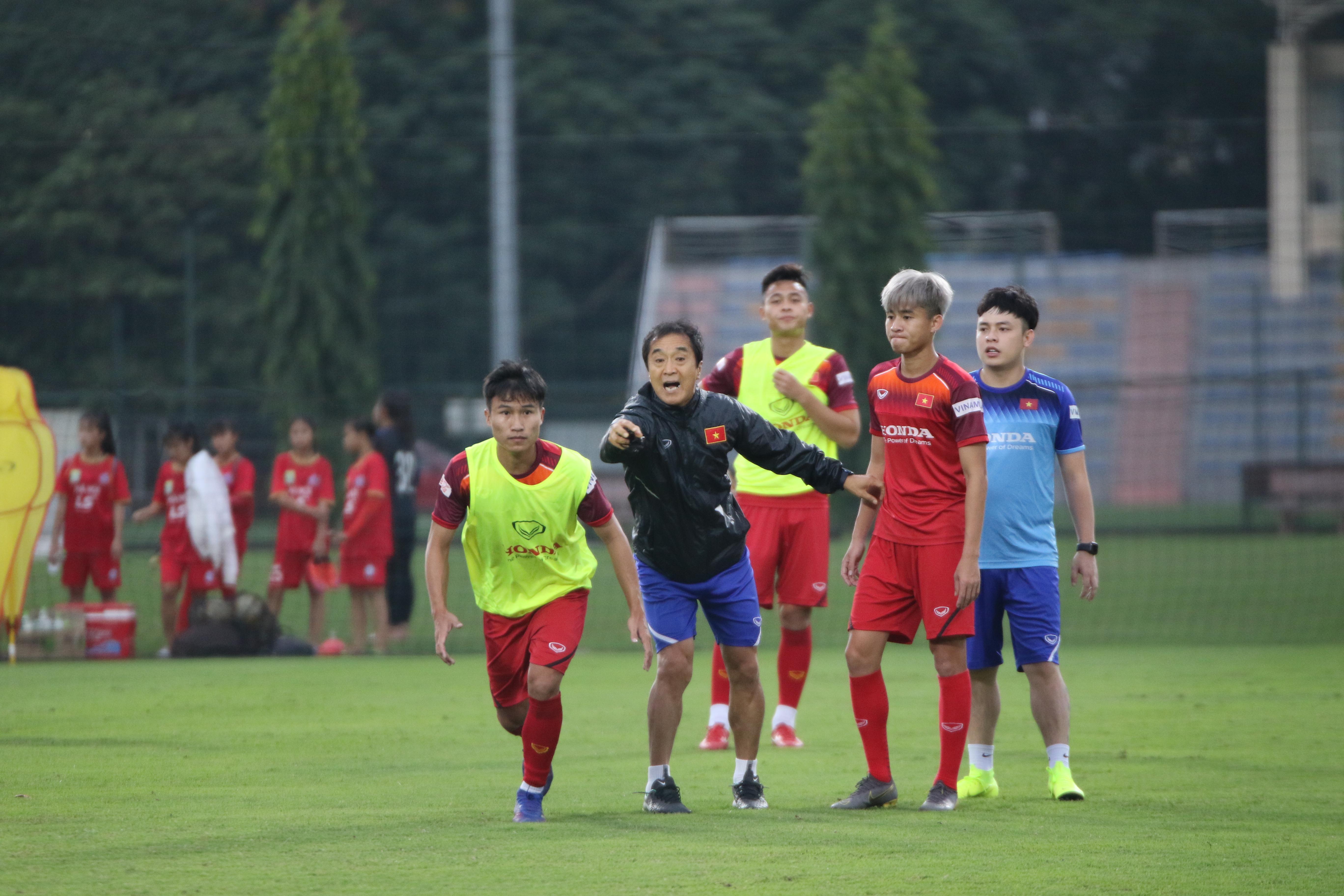 Đội tuyển U22 Việt Nam rút gọn danh sách trước khi di chuyển vào TP.HCM