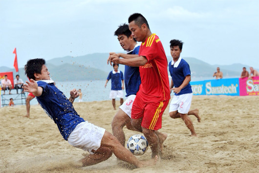 Giải bóng đá bãi biển - Đại hội TDTT toàn quốc lần thứ VII-2014: Khánh Hoà, Đà Nẵng tiếp tục dẫn đầu